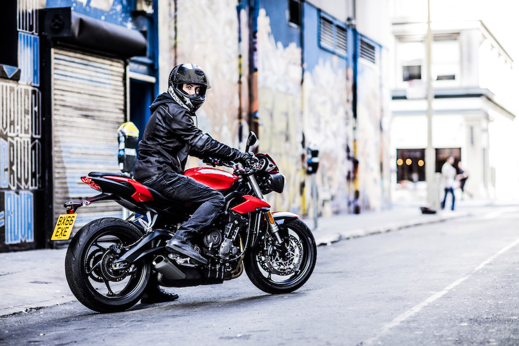 Complimentary Quickshifter With The Purchase Of Any New Triumph Street Triple S And R