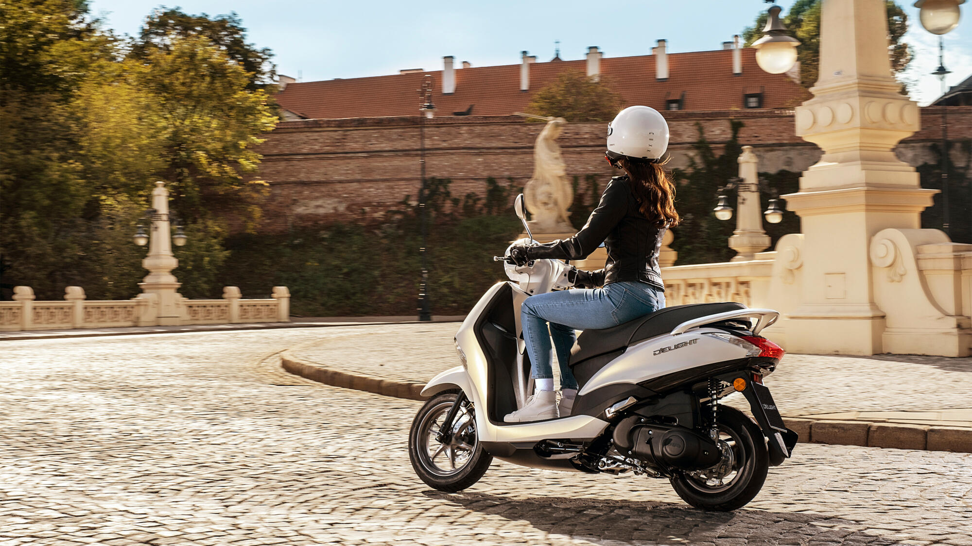For 2021 Yamaha Offers The New Nmax 125/155 And New D'elight 125