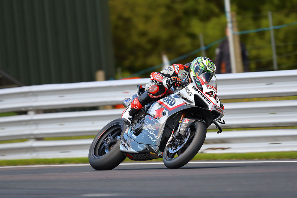 O'halloran Holds Off Bridewell By 0.037s To End Oulton Park Official Test On Top