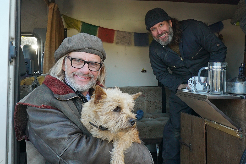Shed & Buried Is Back On Tv