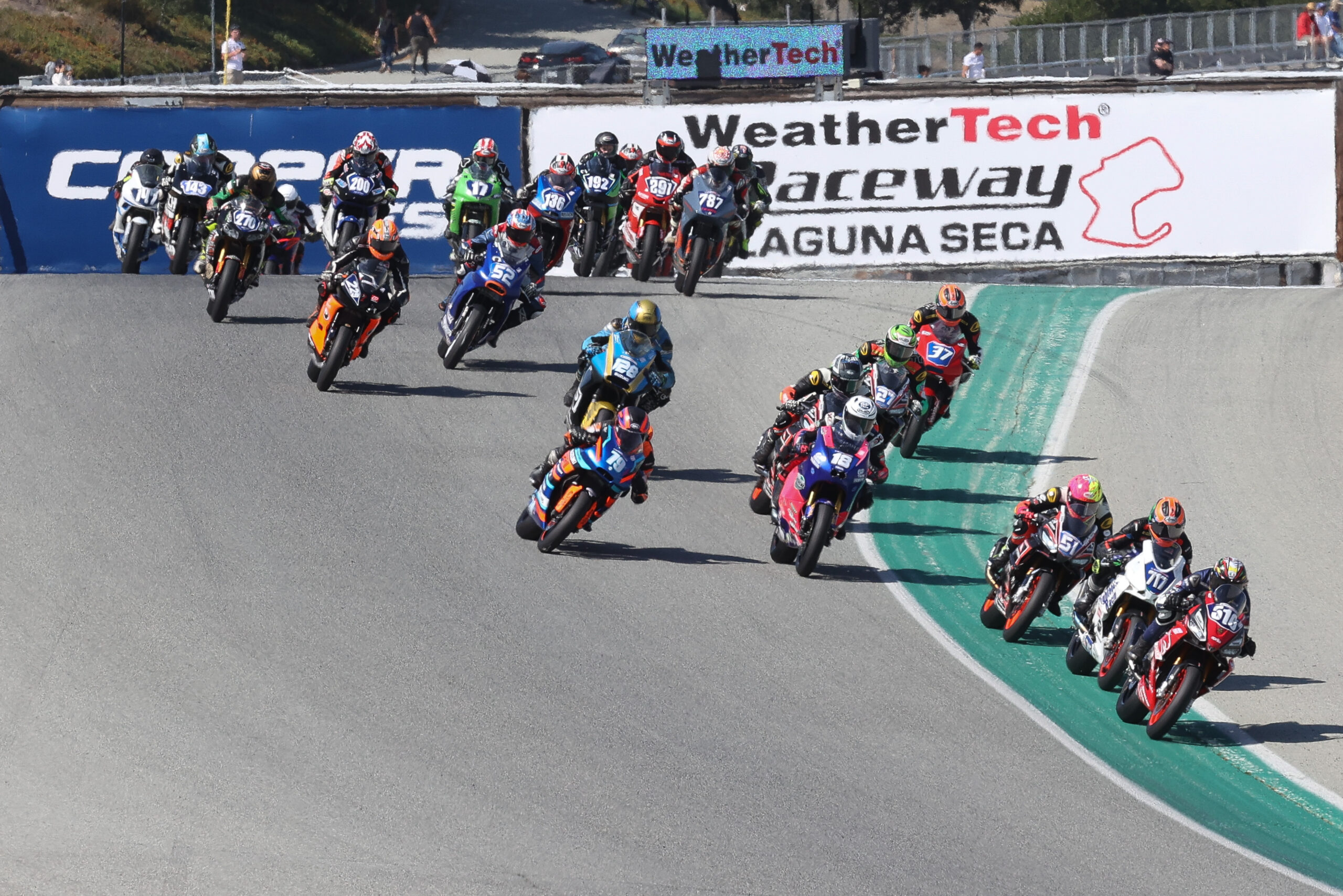 Kelly Over Escalante, Scott Over Gloddy On Day One At Weathertech Raceway