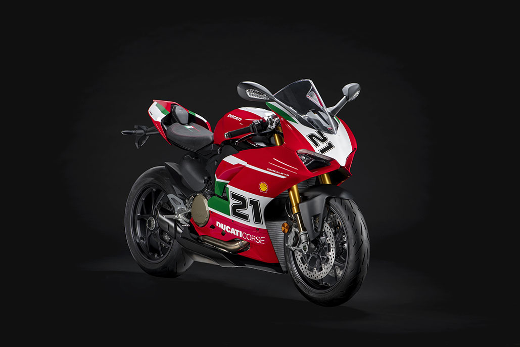 Production Of The Panigale V2 Bayliss 1st Championship 20th Anniversary Has Started