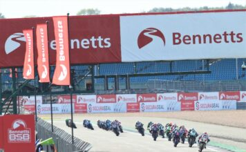 Ten Bennetts Bsb Riders To Scrap At Silverstone For The Top Eight Before It's Too Late